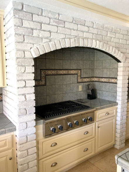 white-wash-brick-finish