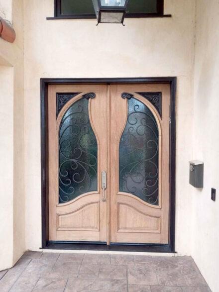 sherman-oaks-exterior-stain-varnish-before-01